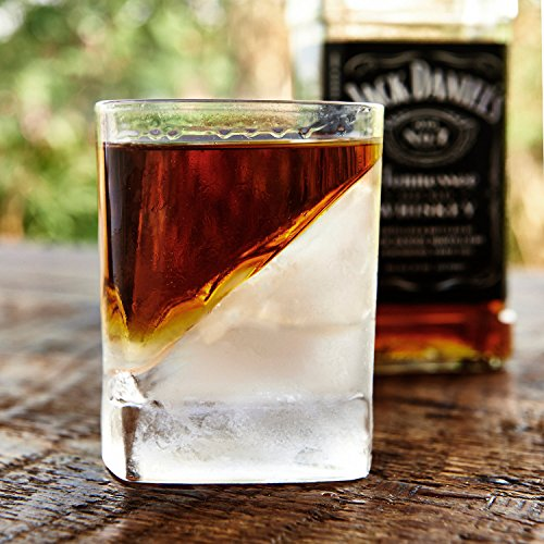 Das Whiskey Wedge Whiskyglas mit innovativer Eisform - 4