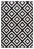 Carpetforyou Moderner Geometrischer Kurzflor Teppich Rosette B&W schwarz weiß in 4 Größen für Wohnzimmer oder Jugendzimmer (160 x 230 cm)
