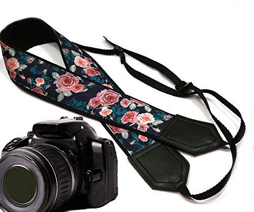 Pink Roses mit blaugrün Leafs Kameragurt. Blume Kameragurt. Schwarz DSLR/SLR Kamera Gurt. Robust, leichtes und gut gepolstert Kamera Strap. Code 00134 (Traveler Leder Herren Case)