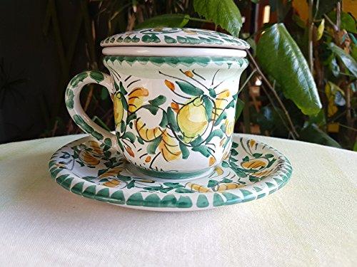 Tazza con infusore coperchio e piatto in ceramica fatta a mano. tazza tisaniera in ceramica siciliana. le ceramiche di ketty messina.