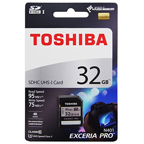 Toshiba Exceria 32GB SD Card (Grey and Black)