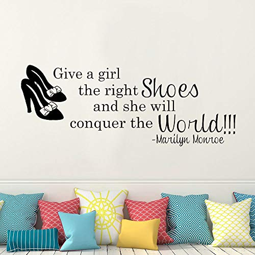 Inspirational Quote Decals geben einem Mädchen die richtigen Schuhe Vinyl Wandaufkleber Mädchen Room Decor Wandbild 53x140cm -