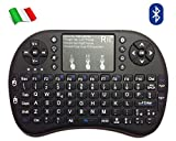 Rii Mini i8+ Bluetooth (layout ITALIANO) - Mini tastiera retroilluminata con mouse touchpad per Tablet, Smartphone, Mini PC, Computer, PlayStation, HTPC - Colore NERO