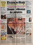 FRANCE SOIR [No 14423] du 22/12/1990 - CHEQUES / ULTIMATUM DES POMPISTES -RECYCLAGE / QUE SONT LES EX-GRANDS FLICS DEVENUS -EDDY MITCHELL LES ATTEND DANS LE GOLFE -ARLETTY ET LES AUTRES -LES SPORTS - BECKENBAUER -PARIS / LE PALMARES DES FOURRIERES AUTO -DEPLACEMENTS ET VILLEGIATURES PAR BOUVARD -LES ORTHOGRAPHICIDES PAR DUTOURD -MARIE-FRANCE BARRAULT ET PATRICK BALKANY