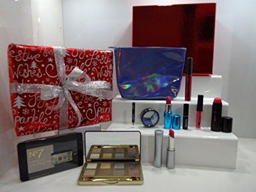 No7 et Dix-sept Must Have de luxe 10pc Beauté Boîte cadeau gratuit Cadeau Emballé Ensemble cadeau pour elle. 50.
