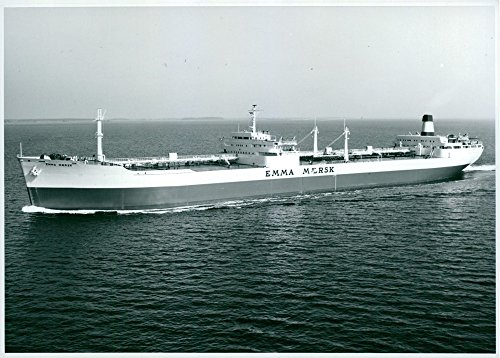 vintage-photo-of-emmy-tanker-maersk