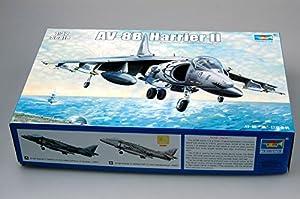 Trumpeter 2229 AV-8B Harrier II - Caza a escala importado de Alemania