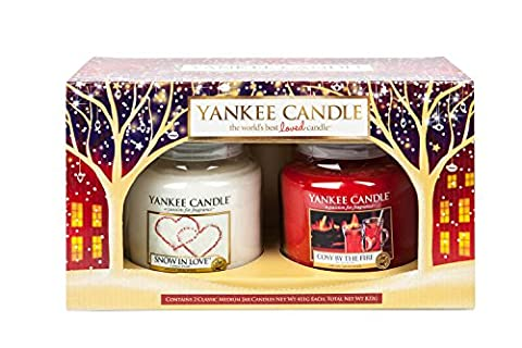 Yankee Candle Baby It's Fun Outside... Cosy Inside Gift Set (2 Medium Jar Set)