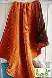 Handmade Wolle-Babydecke in Orange, Kuscheldecke, Kinderdecke von bab-Berlin