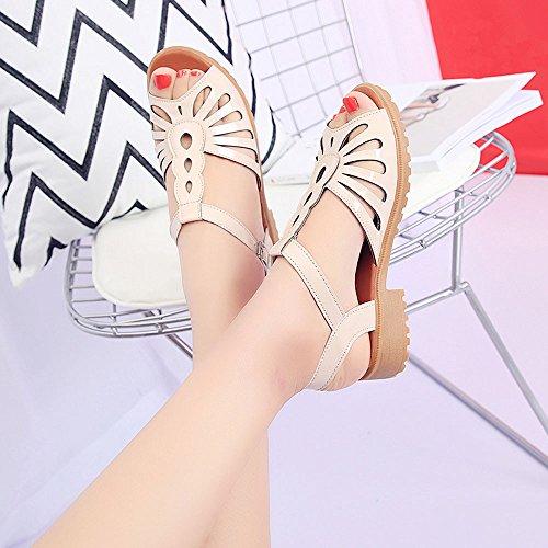 Longra Donna Pelle tacco basso fibbia della cintura sandali con foro Beige