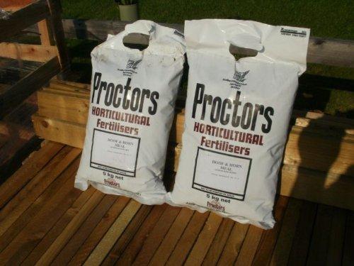 5kg-sack-of-proctors-growmore-general-all-purpose-fertiliser