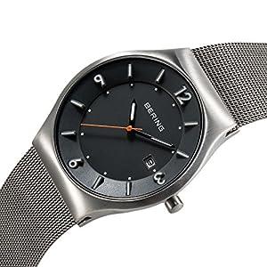 Bering Time Solar - Reloj de cuarzo para hombre, correa de acero inoxidable color plateado de Bering Time