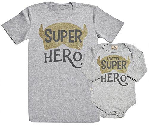 SR - Geschenkpackung Baby Geschenkset - Super Hero & Part Time Super Hero 100% Biobaumwolle - Papa T-Shirt & Baby Strampler in Geschenkbox - Vater Baby Geschenkset - Grau - L & 0-6M (T-shirt Erwachsenen Super Hero)