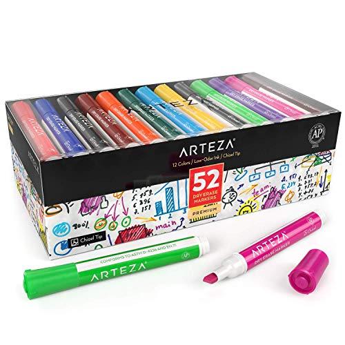 Arteza Colores de rotulador para pizarra blanca   Caja de 52 marcadores borrables   Rotuladores con punta de bisel   Tinta de olor bajo y 12 colores surtidos, para el colegio, la oficina y el hogar