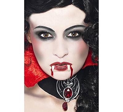 Maquillage de Vampire: Crocs, Éponge, Maquillage et Sang