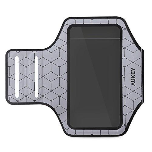 AUKEY Fascia Sportiva da Braccio iPhone 6 / 6s Sweatproof, Asciugatura Rapida e morbida per Corsa / Bicicletta /Escursionismo / Palestra per Smartphone meno di 4.7 pollici ( Grigio )