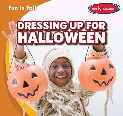 Dressing Up for Halloween (Fun in (Up Custom Dressing Halloween Für)