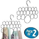mDesign Set de 2 perchas para pañuelos – Juego de dos colgadores de pañuelos, chales, bufandas y complementos – Cada organizador de armarios tiene 18 prácticos aros – Acero plateado