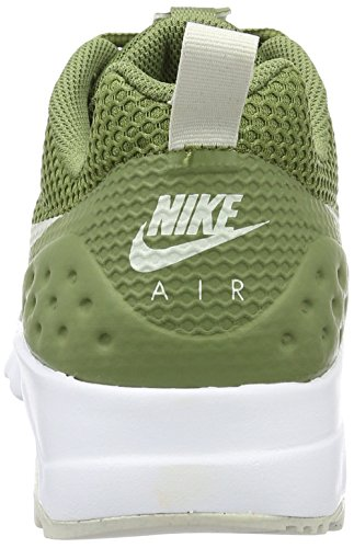 Nike Air Max Motion Lw Se, Chaussures de Running Compétition Homme Grün (palm Green/Light Bone-White)