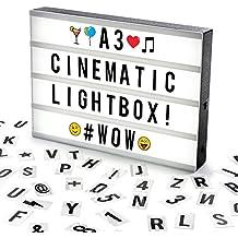 Cosi Home™ - Caja de Luz Cinematográfica Tamaño A3 con 100 Letras, Emojis, Emoticonos y Símbolos - Personaliza tu Propio Mensaje - Funciona con Pilas o Cable USB