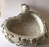 DIO Vogelbad, Tiertränke, Vogeltränke in Herzform, Mosaik Steindesign, grau, 31x29x14 cm
