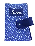 dea-concept blaue Wickeltasche Baby bestickt Name Baumwolle bedruckt mit weissen Sternen