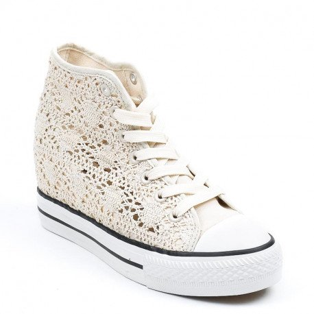 Ideal Shoes - Baskets compensées en crochet Kania Beige