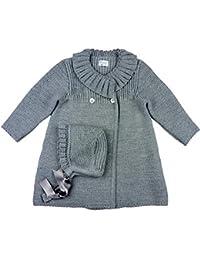 c6e4c8139 FOQUE - Abrigo de Punto para niña con gorrito a Juego. Cierre con Botones  Delanteros