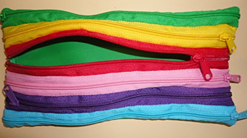 tsi-maeppchen-regenbogen-farben-mit-sechs-reissverschluessen-20x10x05-cm
