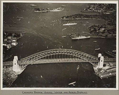poster-sydney-harbour-bridge-crowded-onlookers-during-water-aerial-display-19-march-1932-australia-w