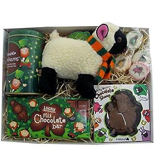 Irische Geschenkbox Schaf, Shamrock und Kobold.