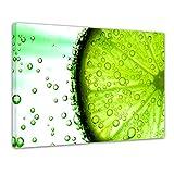 Kunstdruck - Limonenscheibe - Wasser - Bild auf Leinwand - 80x60 cm einteilig - Leinwandbilder - Essen & Trinken - grüne Zitrusfrucht mit Wasserperlen