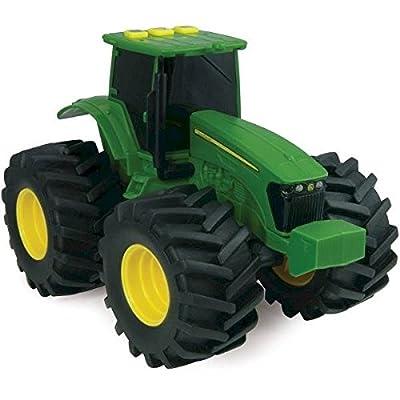 """Tomy Traktor """"John Deere Monster Treads"""" in grün - hochwertiger Trecker aus Kunststoff - Fahrzeug mit Licht- und Soundfunktion - ab 3 Jahre von John Deere"""