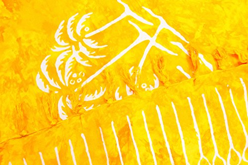 ManuMar Damen Sarong | Pareo Strandtuch | Leichtes Wickeltuch mit Fransen-Quasten 155x115cm oder 225x115cm, Motive und Farben Gelb Palme