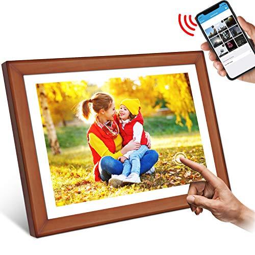 """WiFi Digitaler Bilderrahmen, YENOCK 10.1\""""Touchscreen 1280 * 800 Eingebauter 16 GB Speicher Hoch- und Querformat Sofortiges Teilen von Fotos und Videos (Wood+White)"""