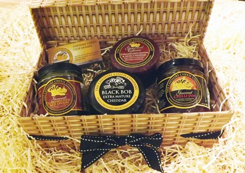Cheese & Chutneys Best Seller Gift Hamper + Free