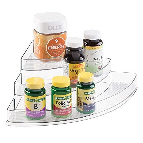 mDesign Organizer für Vitamintabletten, Nahrungsergänzungsmittel, Gesundheitsprodukte - 3 Stufen, Ecke, Durchsichtig (Drei Hände Home Decor)