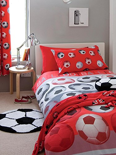 Catherine Lansfield Football Duvet Cover Set [Bed size – double] [Colour – red]