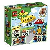LEGO Duplo 10871 - Flughafen, Ideales Spielzeug für Kinder im Alter von 2 bis 5 Jahren Vergleich
