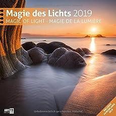 Magie des Lichts 2019, Wandkalender / Broschürenkalender im Hochformat (aufgeklappt 30x60 cm) - Geschenk-Kalender mit Monatskalendarium zum Eintragen