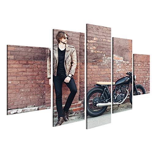 bilderfelix® Bild auf Leinwand junger Kerl des Porträts mit einem Bart und einem Schnurrbart mit der Sonnenbrille und weißem T-Shirt, die auf dem Straß Wandbild, Poster, Leinwandbild OAD