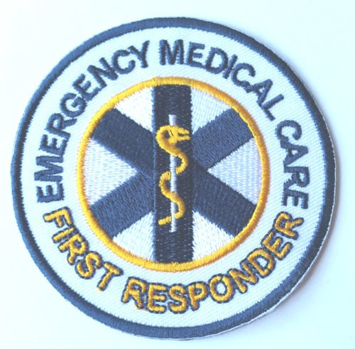 Emergency Medical Care First Responder Patch Embroidered Iron on Badge 8 cm DIY Applikation Kostüm Arzt Krankenschwester Paramedic Cosplay (Scrub Krankenschwester Kostüm)