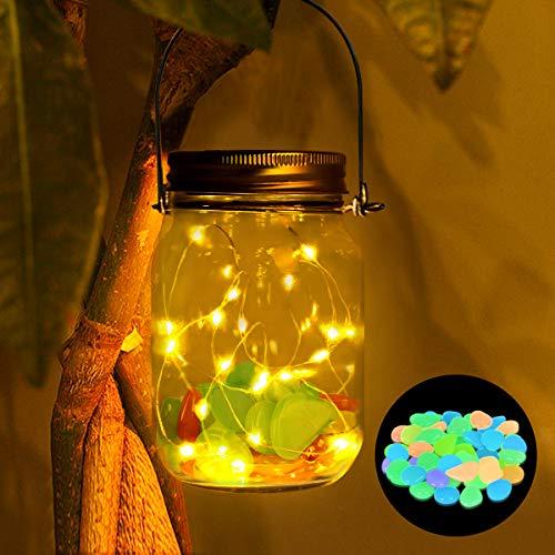 Solar Mason Jar Licht, SanGlory 20 LED lichterketten Solarlampen Außen Garten Hängeleuchten, Solar Laterne Jar Fee Licht, Wasserdichte Solarglas Einmachglas mit 50 Stück Bunt Leuchtsteine für Garten -