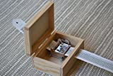 Pack DIY/Fai-da-te per costruire il tuo carillon personalizzato! Contiene un meccanismo musicale a manovella e una scatola di legno forata. Scegli la dimensione della scatola.