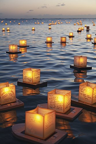 The Poster Corp Brandon Tabiolo/Design Pics - Annual Lantern Floating Ceremony During Sunset at ALA Moana; Oahu Hawaii United States of America Photo Print (60,96 x 96,52 cm)