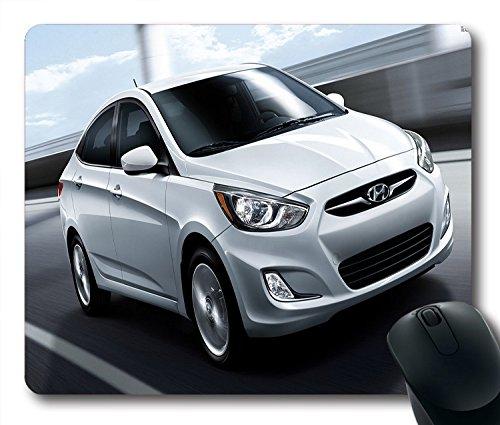 voitures-avant-hyundai-accent-argente-sidview-mouspad-siz9-pouce-220-mm-x-178-cm-180-mm-x-1-8-3-mm
