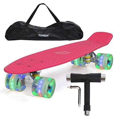 """(UPGRADE VERSION)Yorbay 22"""" Retro Skateboard Komplett Fertig Montiert mit Tasche und T-Tool (Deck Pink/ LED transparent Räder)"""