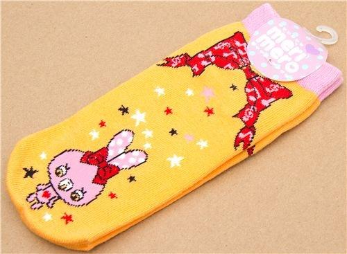 Imagen 4 de calcetines con conejitos rosa y un lazo