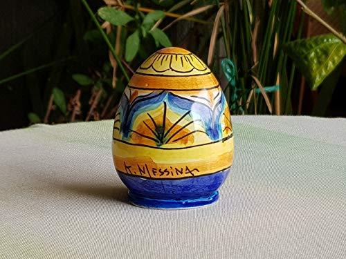 Uovo in ceramica siciliana. uovo da collezione in ceramica decorato a mano. bomboniera. regalo di pasqua. le ceramiche di ketty messina.
