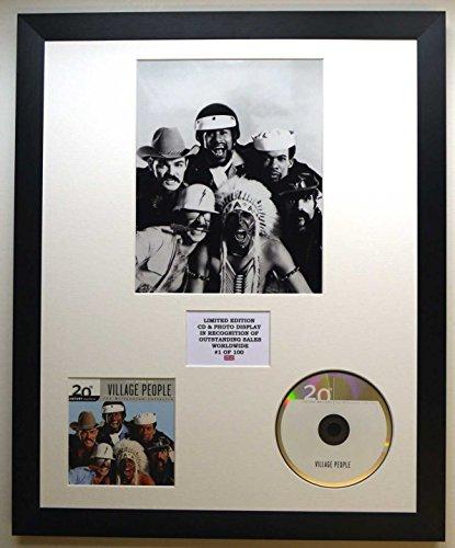 VILLAGE PEOPLE/Darstellung mit Foto und CD | Limited Edition des Albums THE MILLENNIUM COLLECTION (Edition Limited Millennium)